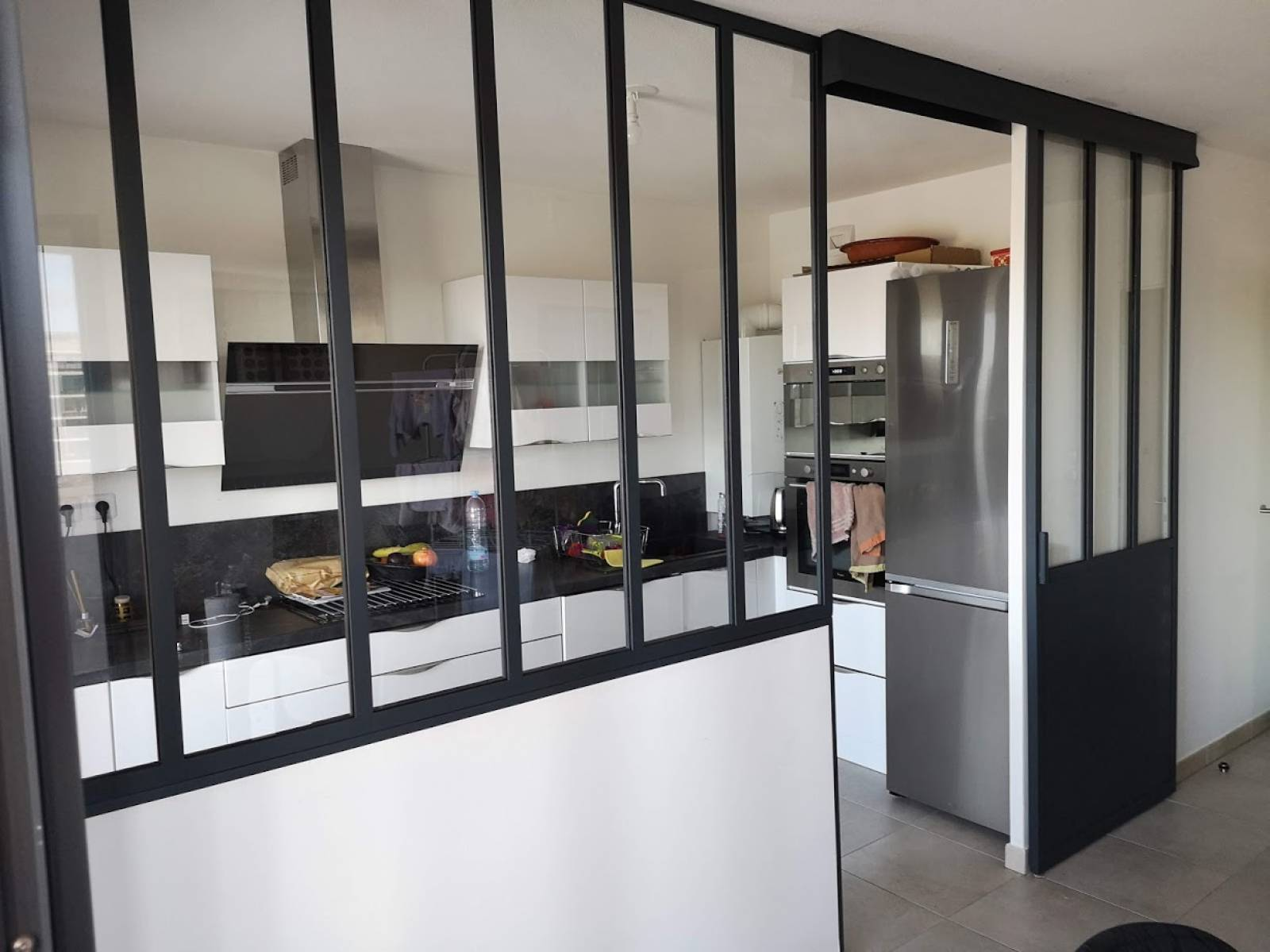 Verriere Style Atelier De Cuisine Pour Separation Aix La Duranne